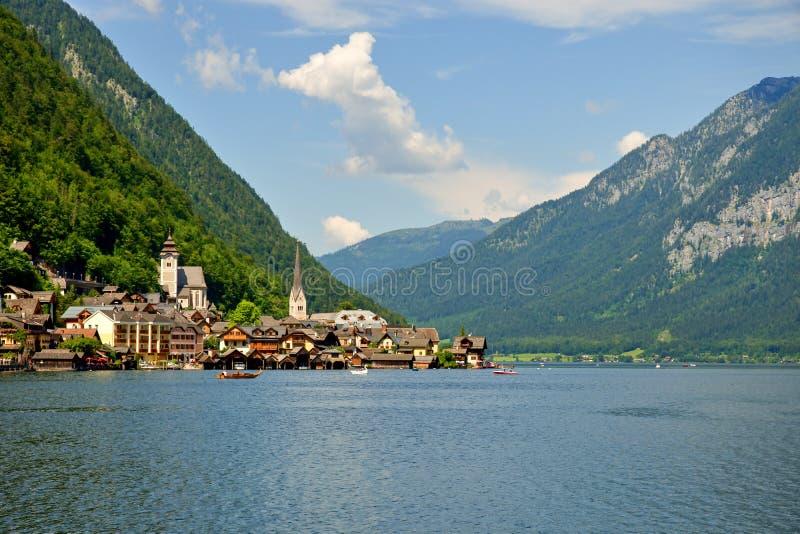 Cidade Hallstatt, Áustria imagem de stock