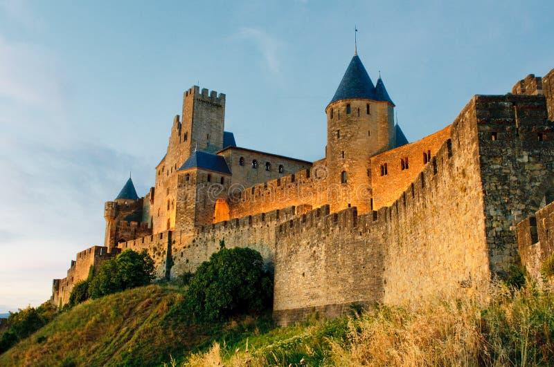 Cidade medieval de Carcassonne no por do sol foto de stock