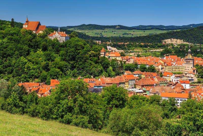 A cidade medieval famosa de Sighisoara, a Transilvânia, Romênia, Europa imagem de stock royalty free