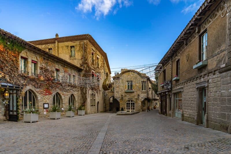 Cidade medieval fortificada de Carcassonne em França fotos de stock