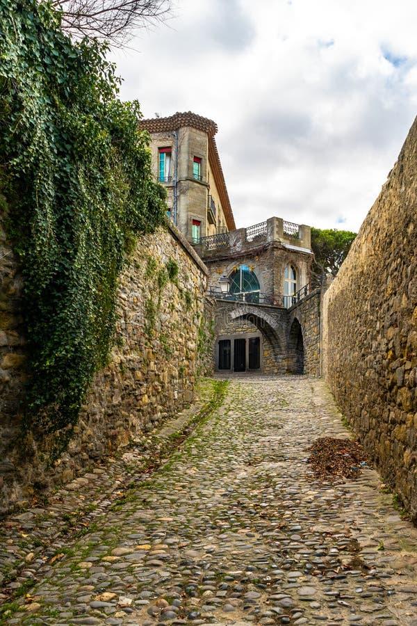 Cidade medieval fortificada de Carcassonne em França imagens de stock
