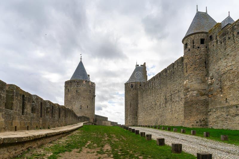 Cidade medieval fortificada de Carcassonne em França fotos de stock royalty free