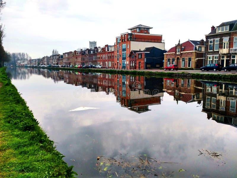 Cidade na água fotos de stock royalty free