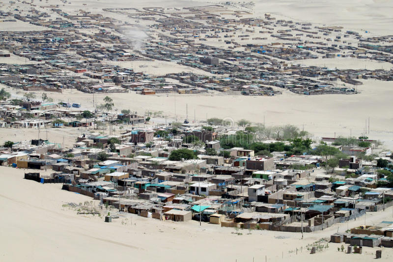 Cidade no deserto fotografia de stock royalty free