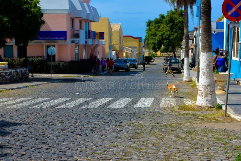 Cidade pequena de Cabo Verde, curso África, vila de Tarrafal, Santiago Island fotos de stock