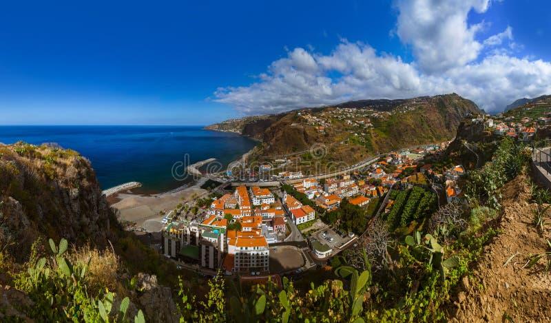 Cidade Ribeira Brava - Madeira Portugal fotos de stock