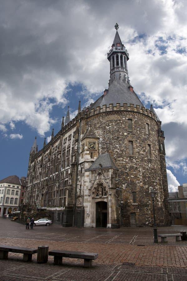 Cidade salão de Aix-la-Chapelle imagens de stock royalty free
