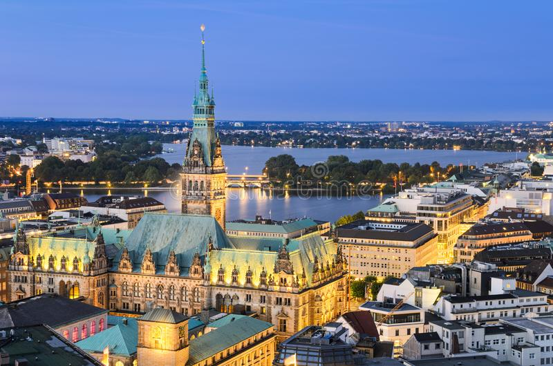 Cidade sal?o de Hamburgo, Alemanha fotos de stock royalty free