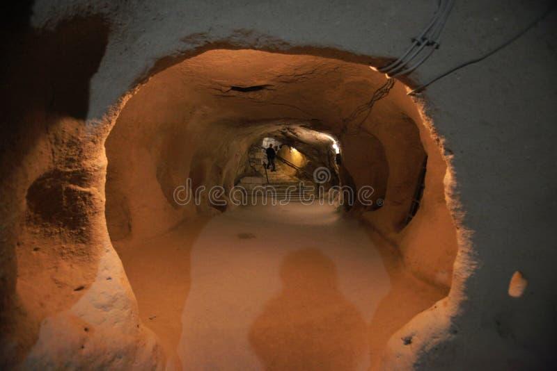 Cidade subterrânea, curso a Cappadocia, Turquia fotos de stock