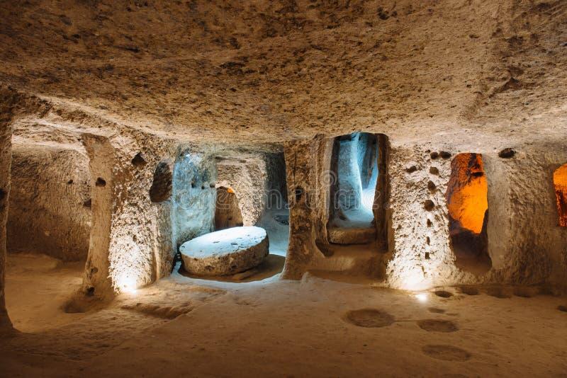 Cidade subterrânea de Derinkuyu em Cappadocia, Turquia imagens de stock royalty free