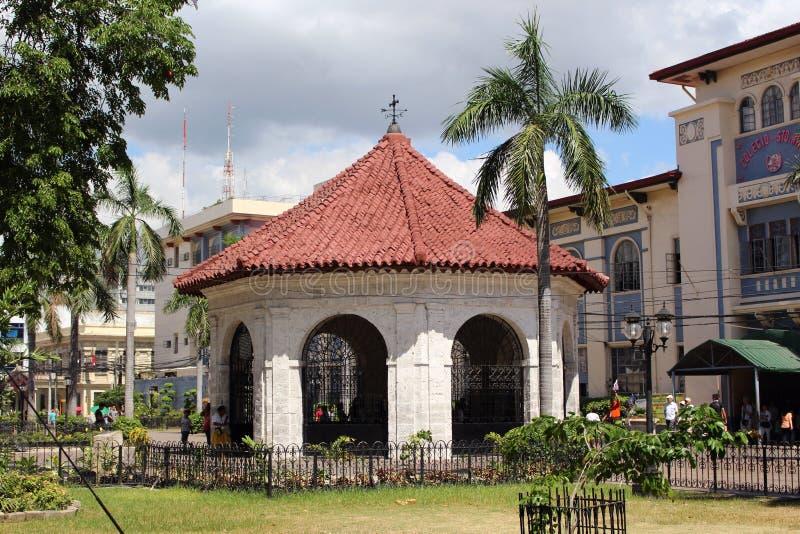 Cidade transversal Filipinas do Cebu de Magellan de abrigo da construção da capela foto de stock