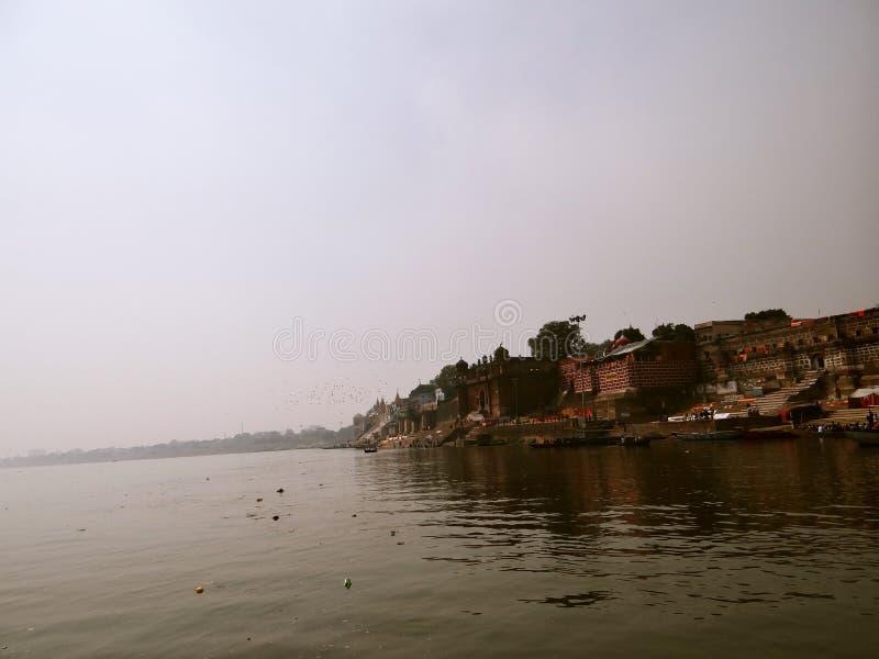 Cidade Varanasi dos templos, Índia foto de stock