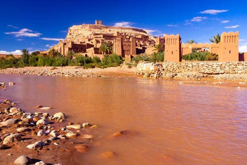 Cidade velha antiga bonita Ait Benhaddou perto de Ouarzazate, atlas, Marrocos imagem de stock royalty free