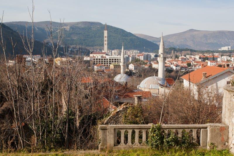 Cidade velha com colagem acima dos minaretes das mesquitas fotografia de stock royalty free