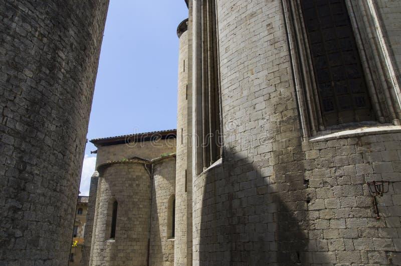 Cidade velha das construções de Gerona imagens de stock