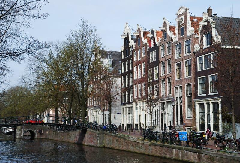 Cidade velha de Amsterdão imagens de stock