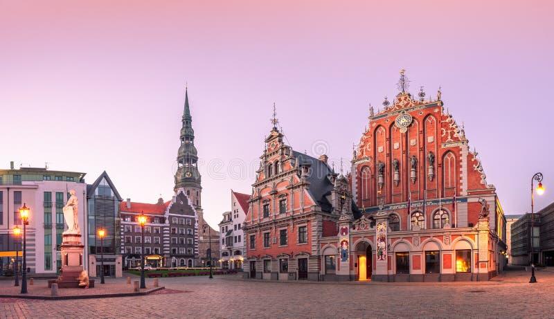 Cidade velha de Hall Square Riga da cidade, Letónia fotografia de stock