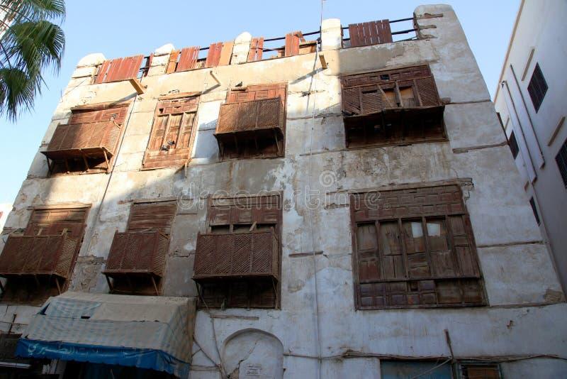 Cidade velha em Jeddah, Arábia Saudita conhecida como o ` histórico de Jeddah do ` Construções e estradas velhas e da herança em  fotografia de stock royalty free