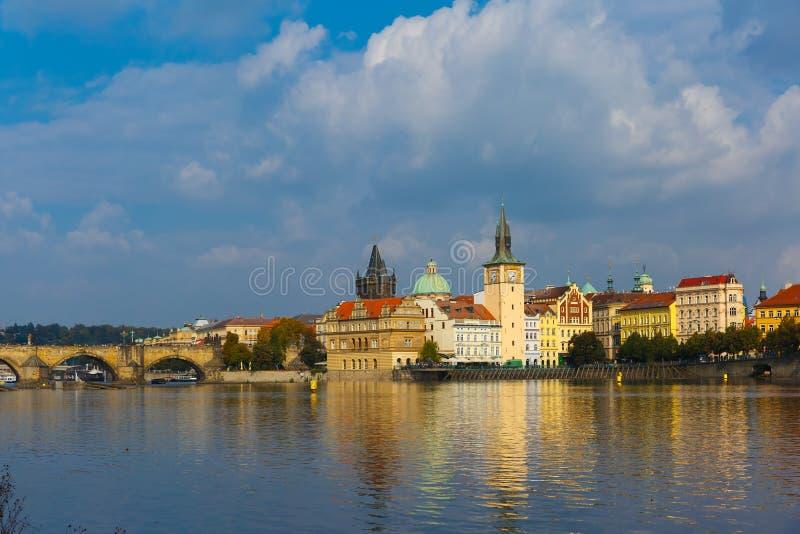 Cidade velha em Praga, república checa foto de stock