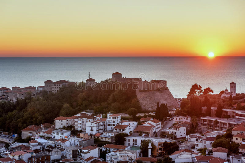 A cidade velha graduado Stari da cidade de Ulcinj de '', Montenegro fotos de stock