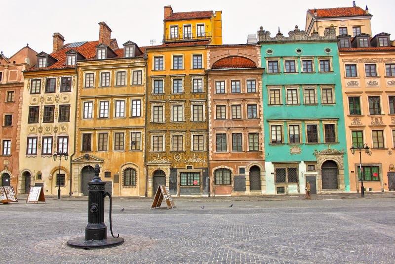 A cidade velha Market Place de Varsóvia. Polônia imagem de stock
