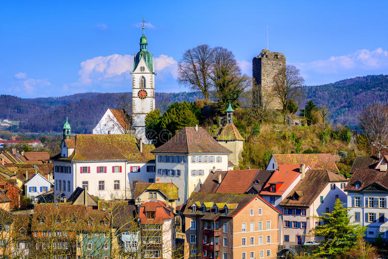 Cidade velha medieval Laufenburg, Suíça imagem de stock royalty free