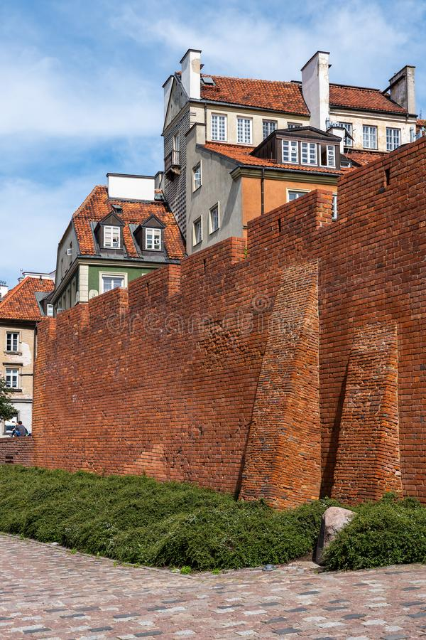 Cidade velha murada de Varsóvia no Polônia fotos de stock royalty free