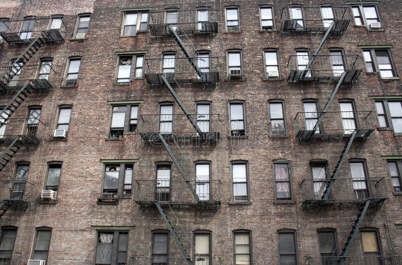 Cidade Windows imagens de stock royalty free