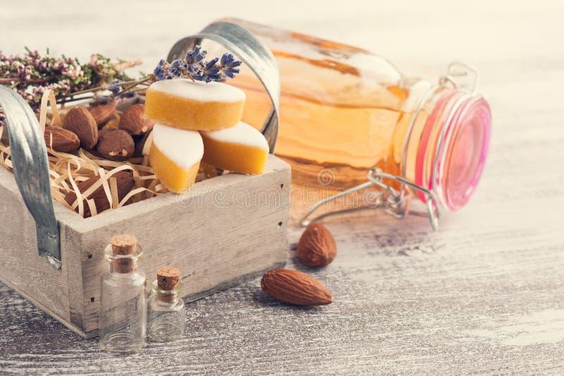 Cidre et bonbons de pomme faits maison photo stock