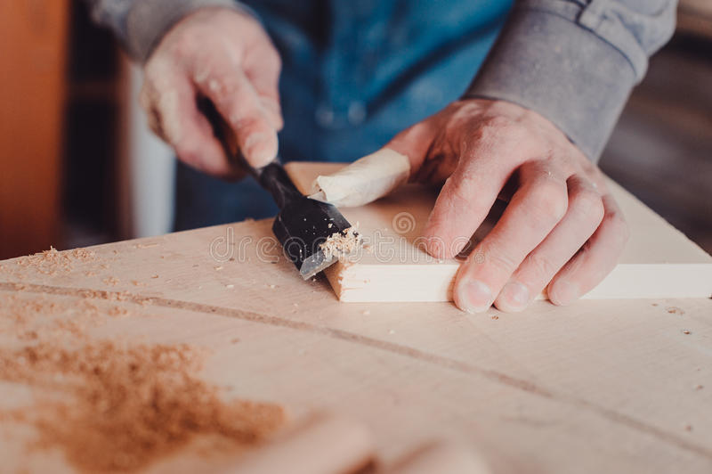cieśli use ścinak kształty drewniana deska zdjęcie royalty free