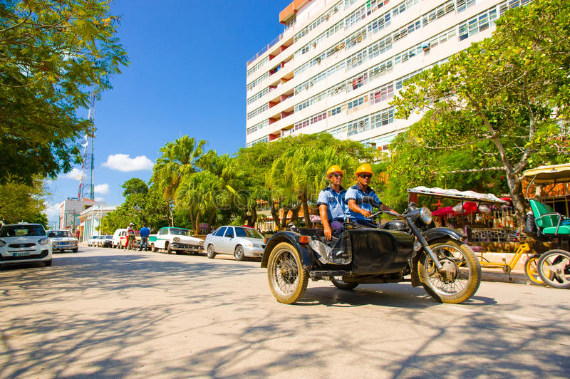 CIEGO DE ÁVILA, CUBA - 5 DE SEPTIEMBRE DE 2015: Céntrico imágenes de archivo libres de regalías