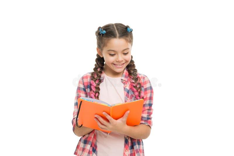 ciekawa historia Dokonuje wiedzę jest edukacja starego odizolowane poj?cia Śliczna mała dziecka mienia książka Urocza mała dziewc zdjęcie stock