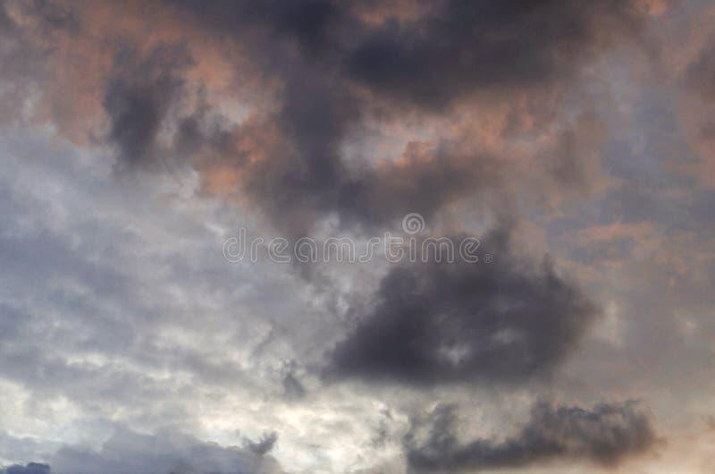 ciel avant pluie photo libre de droits