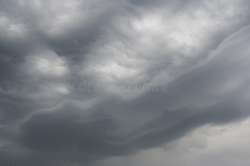 Ciel avant tempête photos stock