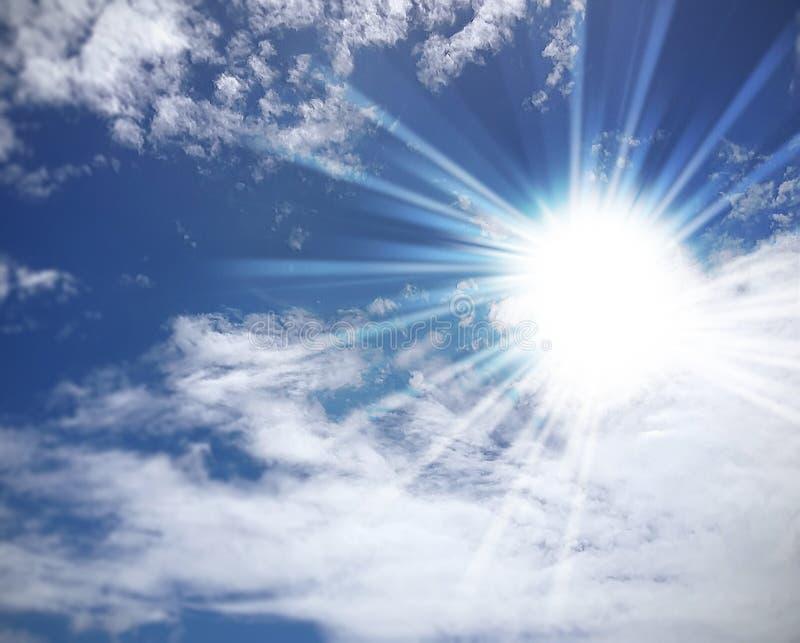 Ciel avec des nuages illustration libre de droits