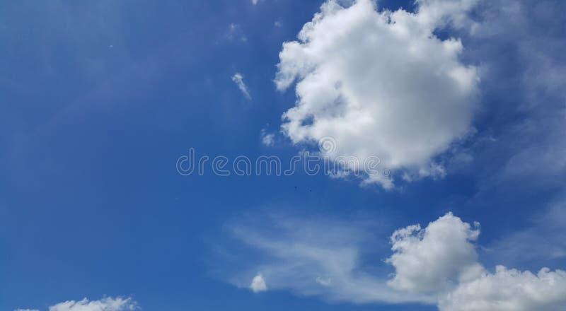 Ciel bleu photo stock