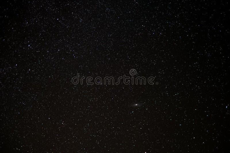 Ciel d'étoile la nuit, fond de l'espace image stock