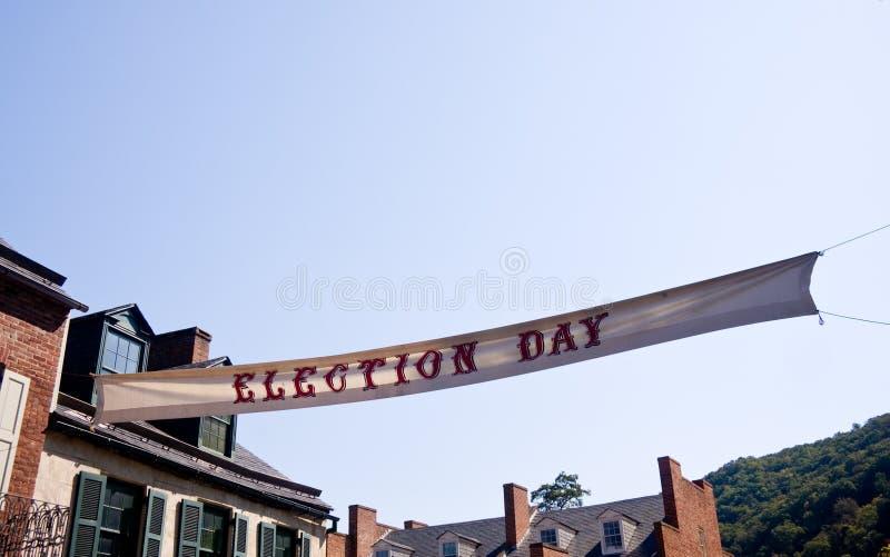 ciel d'avant d'élection de jour de drapeau photos libres de droits