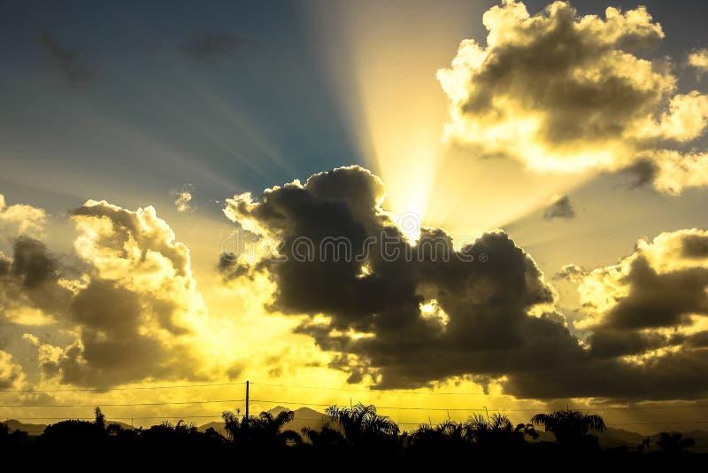 Ciel d'Iluminated image stock