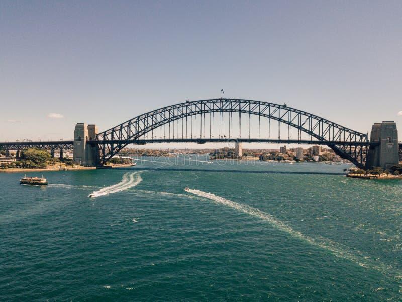 Ciel de Sydney Harbour Bridge With Blue photo stock
