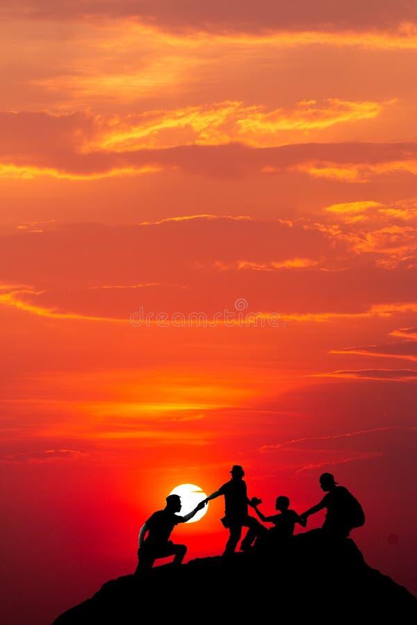 Ciel dramatique color? avec le nuage au coucher du soleil images libres de droits