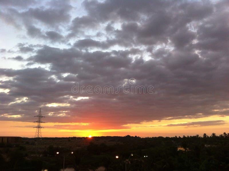 Ciel et coucher du soleil image stock