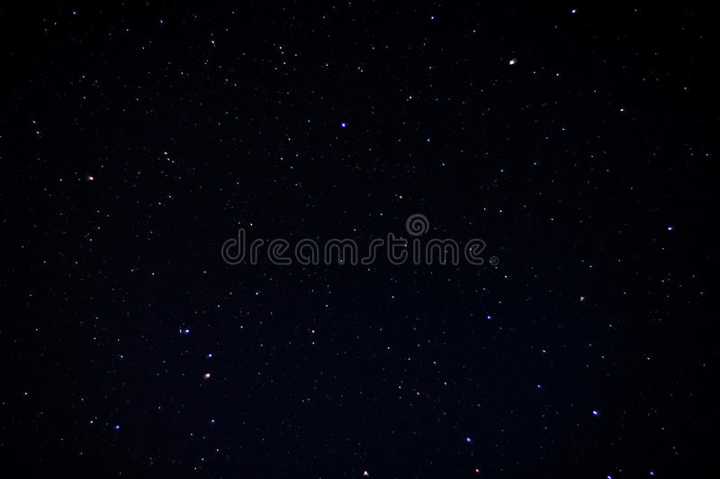 Ciel nocturne réel avec des étoiles image libre de droits