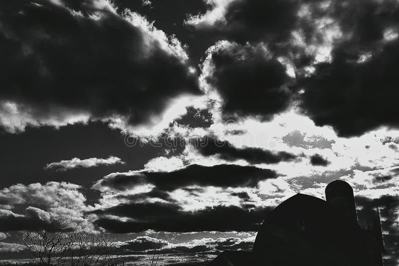 Ciel obscurci photos libres de droits