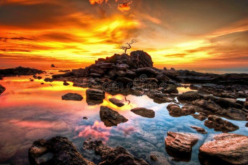 Ciel orange de coucher du soleil photo stock