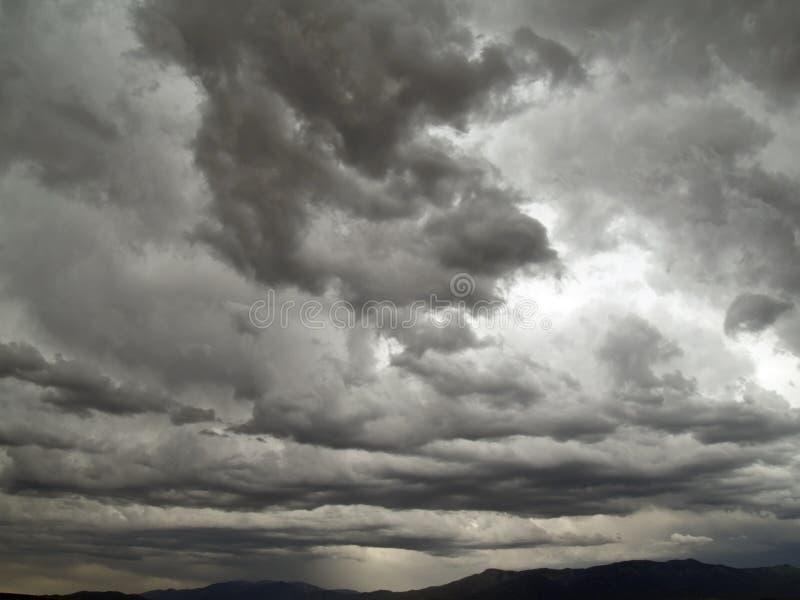 Cieli drastici fotografie stock libere da diritti