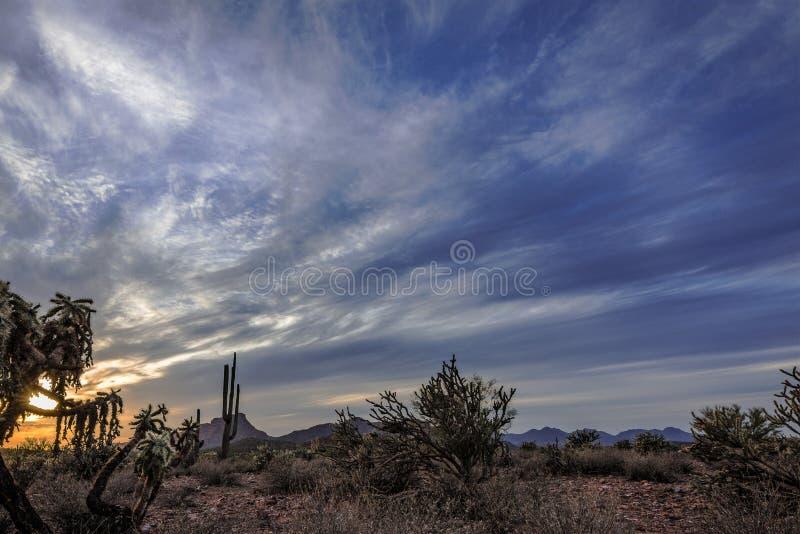 Cieli non fissi del deserto fotografie stock libere da diritti