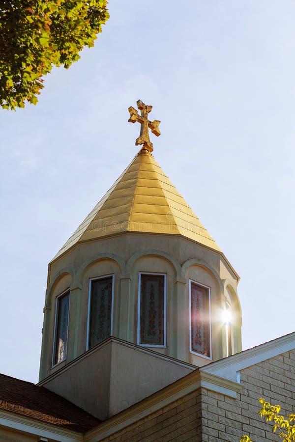 Cielo armenio apostólico de la cruz de la iglesia fotografía de archivo