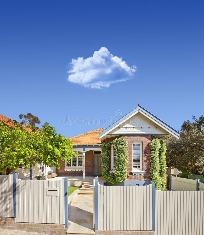 Cielo australiano del hogar de la casa foto de archivo