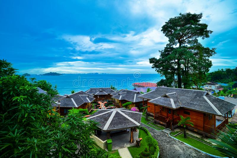 Cielo azul de Wonderfull en la isla Indonesia de batam foto de archivo libre de regalías